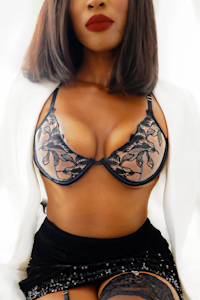 Upscale ebony independent escort